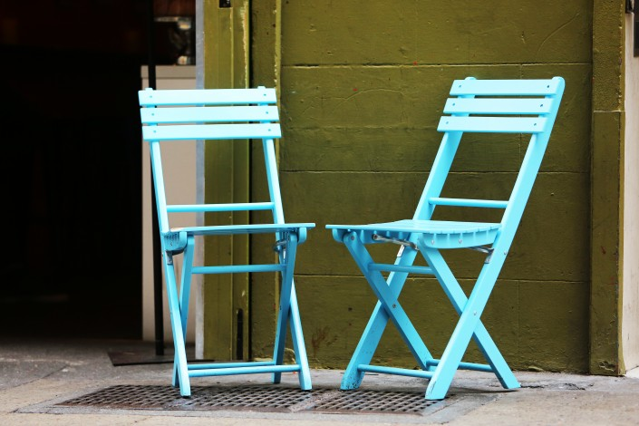 Blue seat twins/ ©Assistedliving / Life of pix/ www.lifeofpix.com