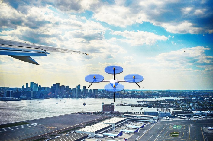 rendered illustration of a drone near Logan airport / © westwindgraphics / Adobe Stock