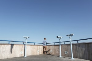 Men view sky / Source : Life-of-Pix http://www.lifeofpix.com/ Auteur: LEEROY / Domaine public